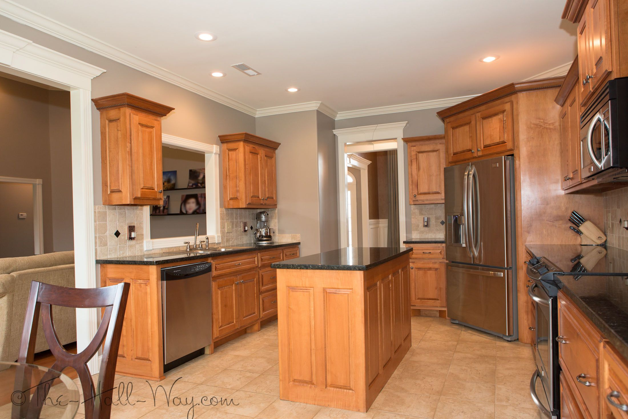Summer Tour Of Homes | Painted kitchen cabinets colors ...