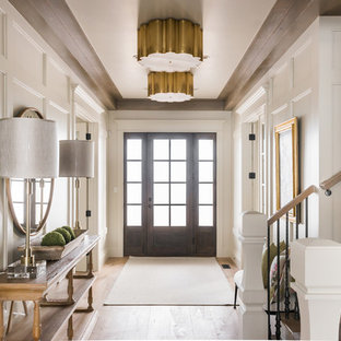 75 Beautiful Traditional Foyer Pictures & Ideas | Houzz