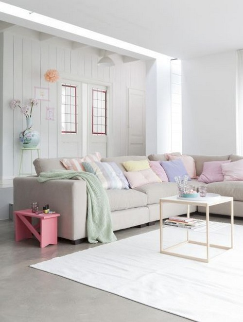 25 Living Rooms in Pretty Pastels - MessageNote