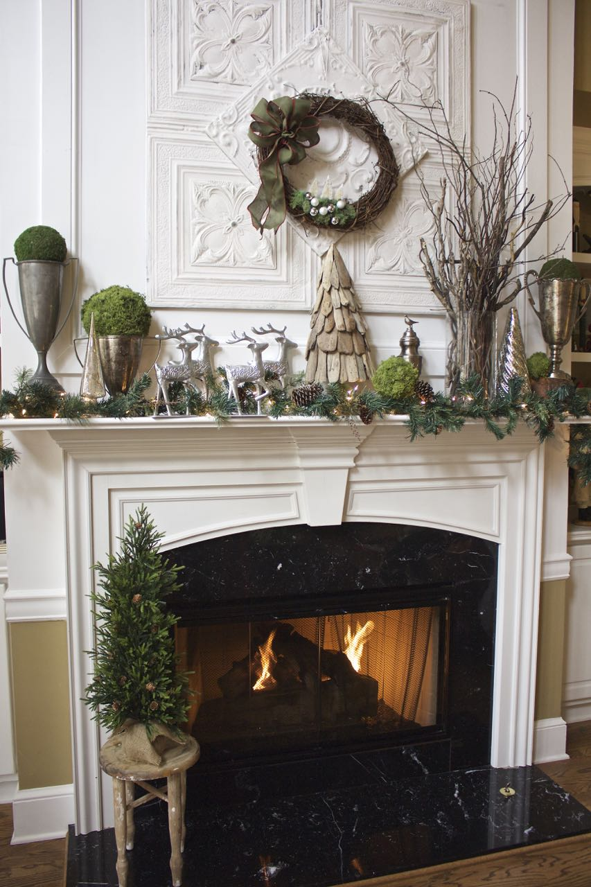 Rustic Christmas Mantel - 2 Bees in a Pod