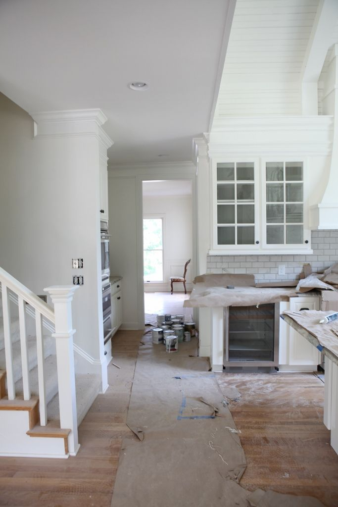 Benjamin Moore Simply White Simply White is another cool ...