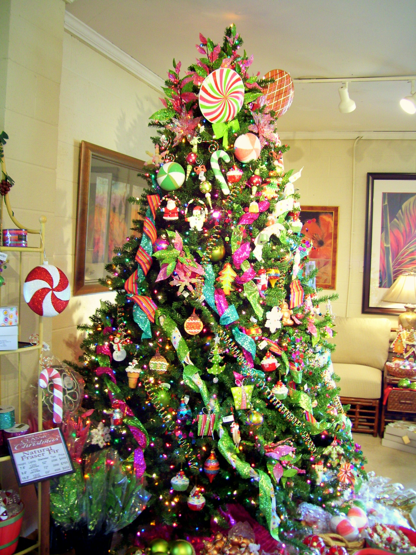 Inside-Out's Incredible Christmas Tree Display In ...