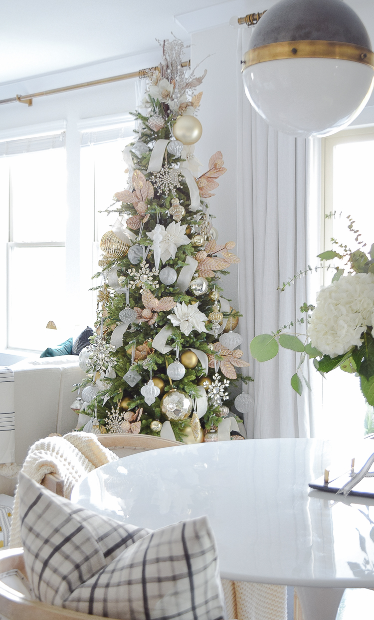 Glam Christmas Living Room Tour + Tips for Easy Holiday ...